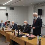 Obradom XXXIII sesji Rady Gminy Teresin przewodniczył Bogdan Linard