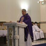 Mszy św. przewodniczył i homilię wygłosił o. Mariusz Słowik – gwardian Niepokalanowa