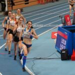 Lena Suchowolak podczas biegu na 600 m podczas Halowych Mistrzostw Polski w Toruniu