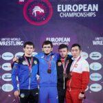 Brązowy medalista Mistrzostw Europy Warszawa 2021 Eduard Grigoriew (pierwszy z prawej)