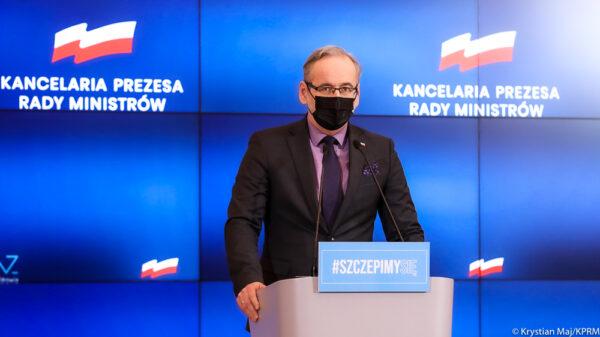 Minister Zdrowia Adam Niedzielski Sytuacja epidemiczna wciąż jest poważna.