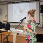 Zmiany w miejscowym planie zagospodarowania przestrzennego Gminy Teresin zaprezentowała inspektor Ewa Rogala
