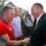 15 sierpnia. Prezydent Andrzej Duda spotkał się też z brązowym medalistą z Tokio Tadeuszem Michalikiem (fot. Jakub Szymczuk, KPRP)