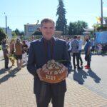 Chleb dożynkowy sołectwa Osiedle-Granice