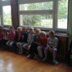 Uczniowie w skupieniu słuchali i zadawali pytania